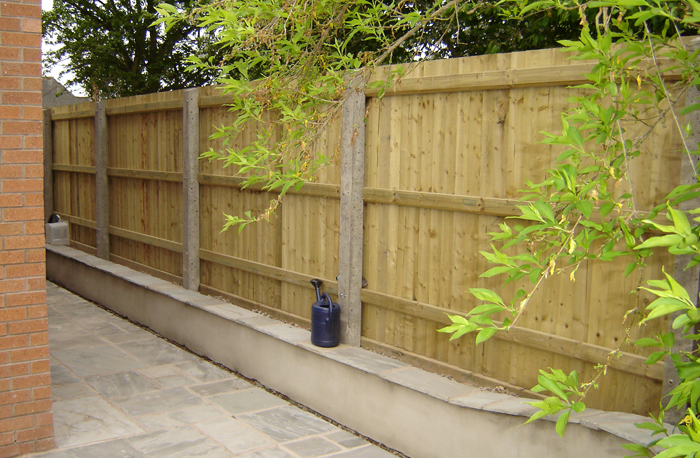 Patios Walls Fencing Garden Harris & Reading Builders